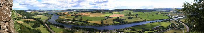 Beautiful Perth scenery from Kinnoull Hill to the River Tay. Copyright Jim Moonie 2007.